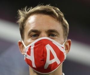 Нойер провел свой 400-й матч в Бундеслиге