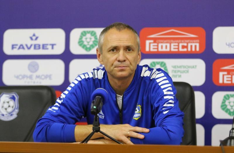 Маркевич, Санжар, Шевчук и еще семь безработных украинских тренеров