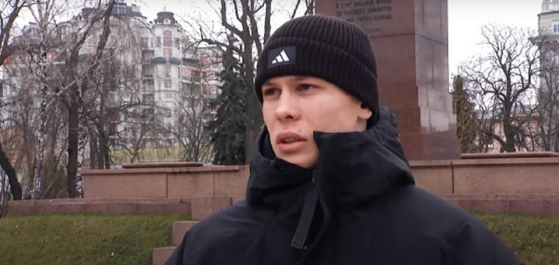 Денис Попов: Луческу учит нас, как детей. Заставляет думать. Говорит, что с умными футболистами приятно работать