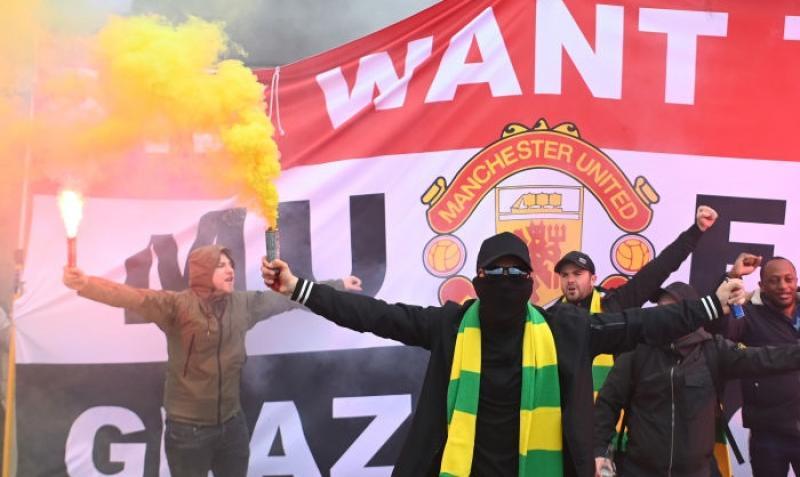 Матч Манчестер Юнайтед - Ливерпуль не произойдет сегодня из-за протестов фанатов
