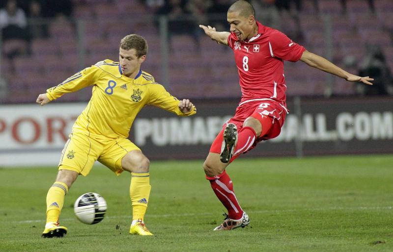 Украинский футболист Алиев рассказал, как за ночь лишился 100 000 долларов в казино