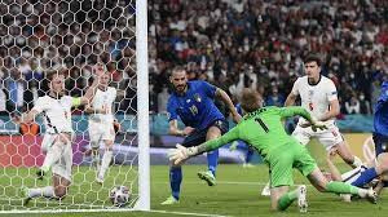 Италия в серии пенальти победила Англию и стала чемпионом Европы