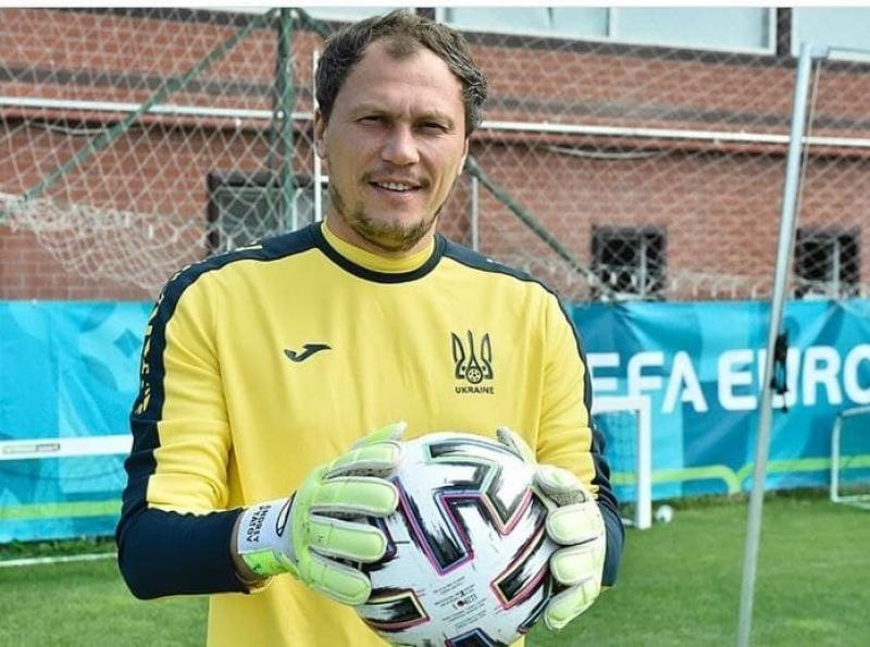 Андрей Пятов стал самым возрастным игроком сборной Украины. Сегодня его 100-й матч за команду