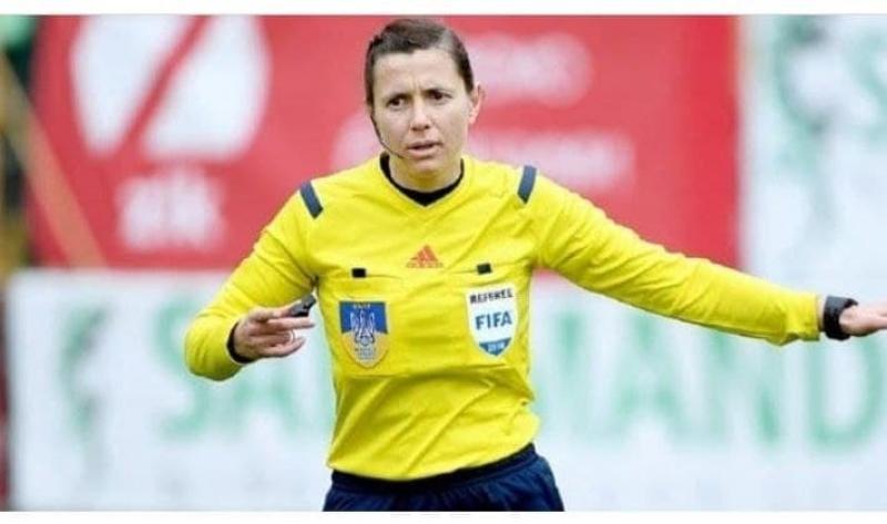 Может, позовем ее в АПЛ?: реакция болельщиков на судейство украинки Монзуль в матче отбора ЧМ-2022 Андорра — Англия
