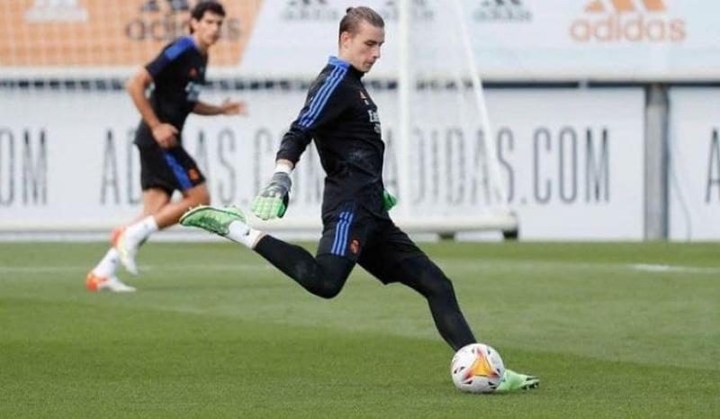 Недоволен своей ролью в команде. Лунин хочет покинуть Реал